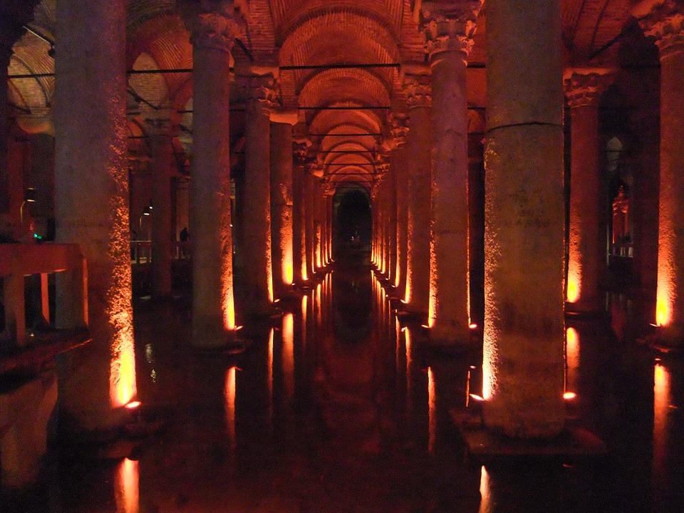 La capilla cisterna de Estambul, Turquía