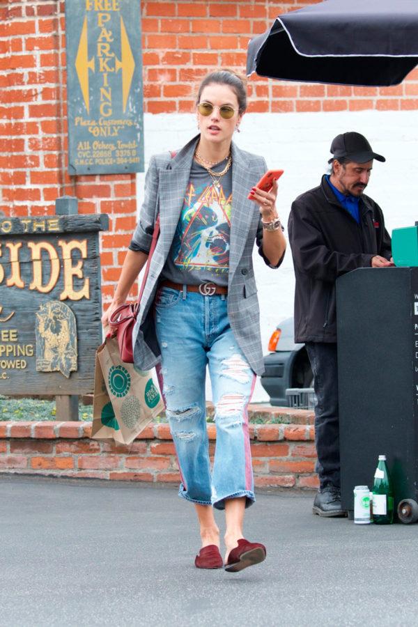 alessandra-ambrosio-jeans