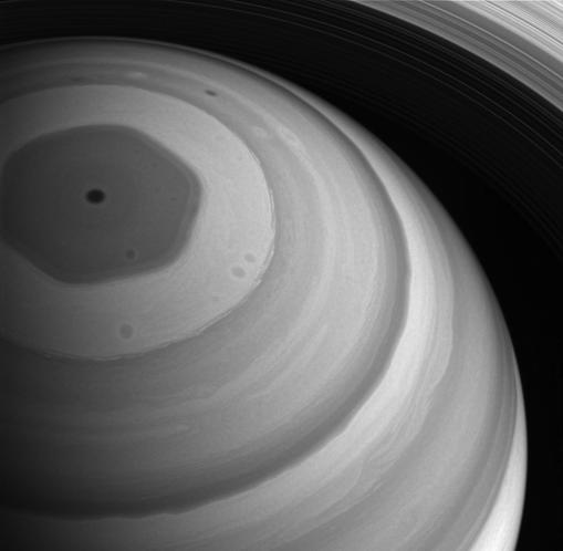 Cassini ha estudiado a Saturno por 14 años.