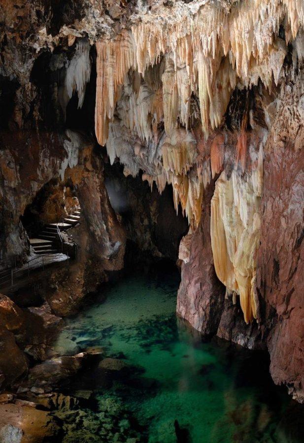 La-Gruta-de-las-Maravillas-en-Aracena-hacer-turismo-en-Huelva