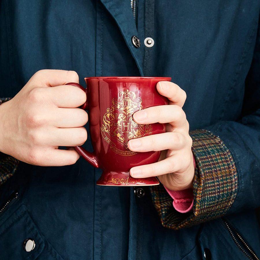 Taza de Harry Potter para la oficina es una de las tazas bonitas para tomar café en la oficina