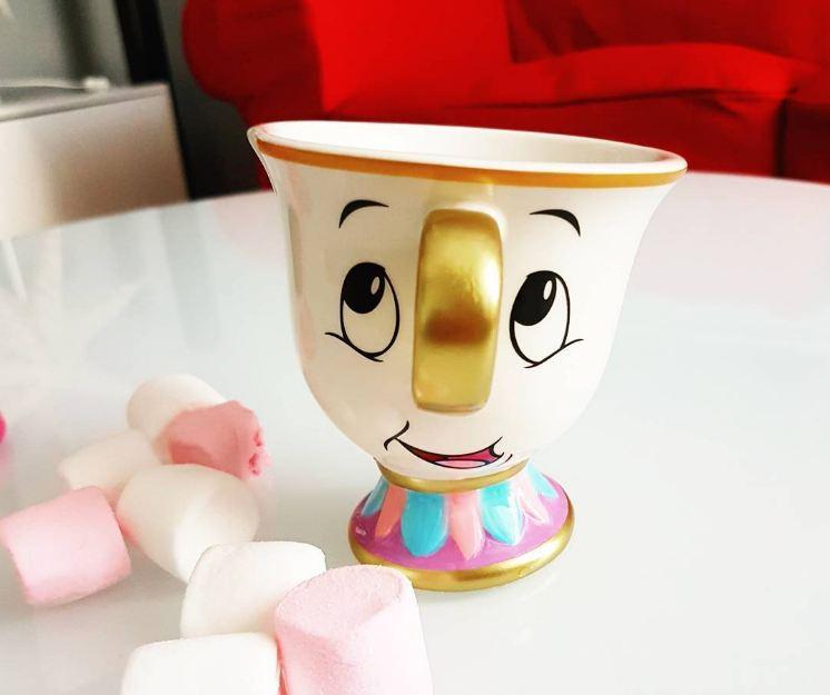 Taza de la bella y la bestia es una de las tazas bonitas para tomar café
