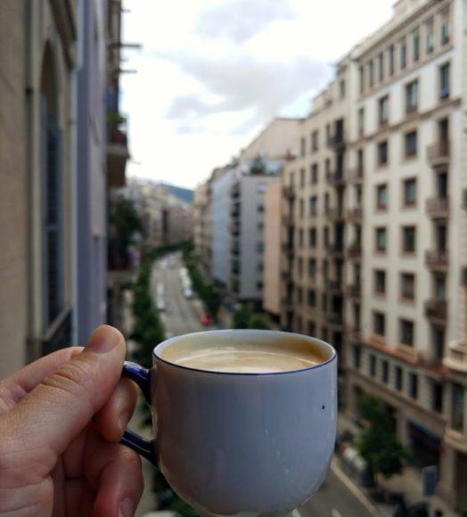 tazas bonitas para tomar café desde tu oficina en Barcelona