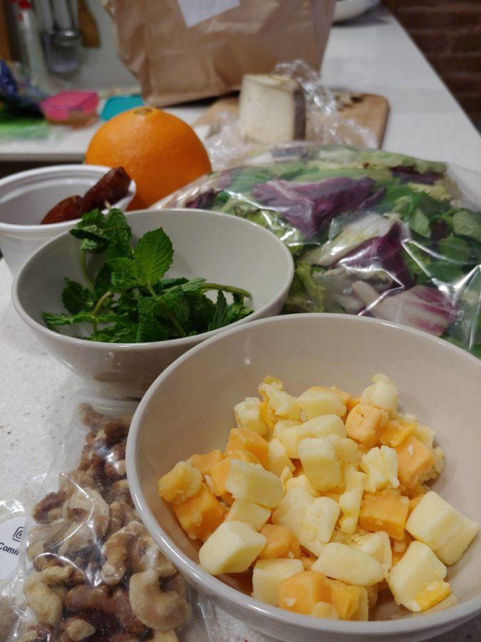 Foodinthebox ingredientes y recetas sanas como la de esta ensalada de queso y dátiles