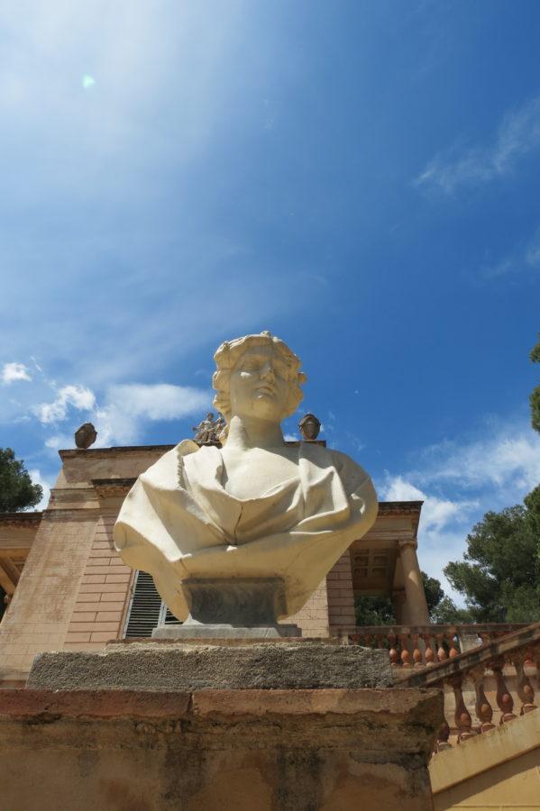 Esculturas mitológicas en el parque del Laberinto de Horta